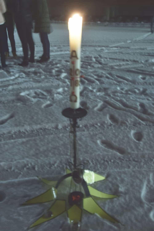 Das Licht spricht von der Verheißung des Advents